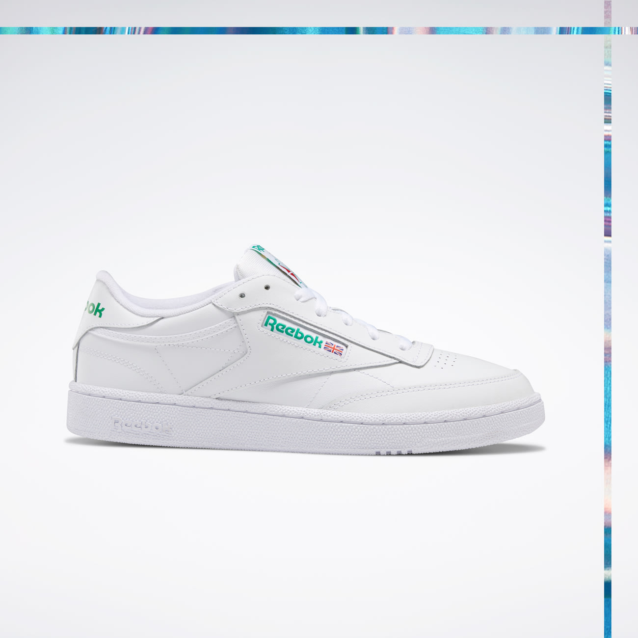 Holiday_Sneaker_AR0456