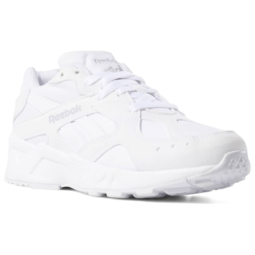 white-sneakers-for-women-aztrek