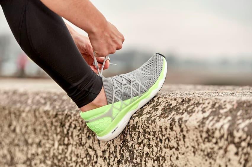 f33a6ce8a870 La dernière chose dont un futur marathonien a besoin est de faire le  mauvais choix en optant pour des chaussures qui pourraient entraver sa  performance.